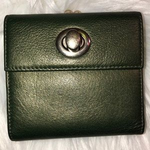 Hobo leather Kiss Wallet Good Condition